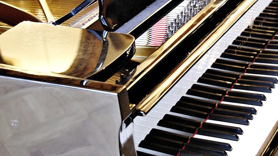 Accrocher le clavier de piano à l'iPad
